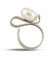 ONA - Anello d'argento con perla.