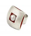 ÀGORA - Anello d'argento, interiore smaltato rosso con perla.