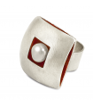 ÀGORA - Silver ring inside red enamelled with pearl.
