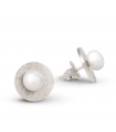 FEELGOOD - Round silver earrings with pearls.