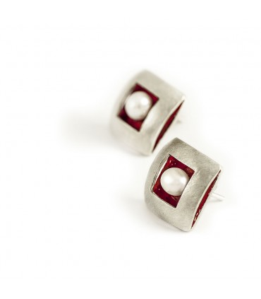 ÀGORA - Pendientes de plata interior esmaltado rojo con perla.